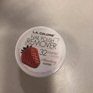 Strawberry scented Nails polish remover